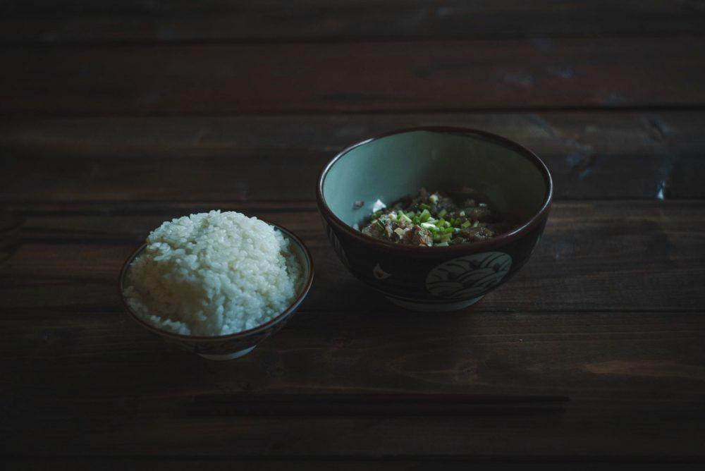 単焦点レンズを使って良い感じの料理写真を撮るポイント