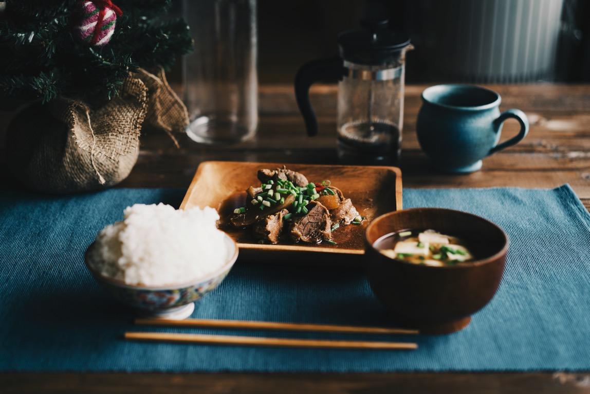 近所の猟師さんにイノシシ肉を頂いたので角煮にしてみたらご飯がすすむクン