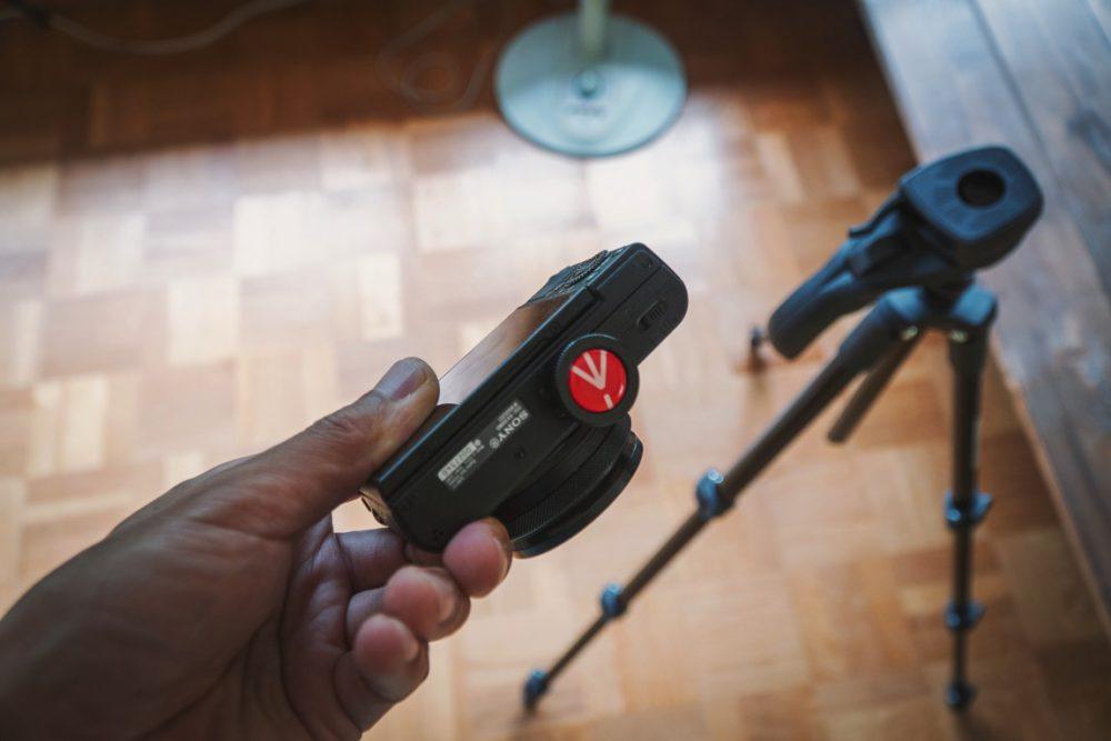 カメラ初心者の三脚一本目はマンフロットのこれがオススメ!