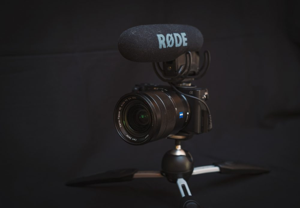 2018年YouTube動画制作に使っているカメラ機材はこれです!これから映像を作りたい人にもオススメです!