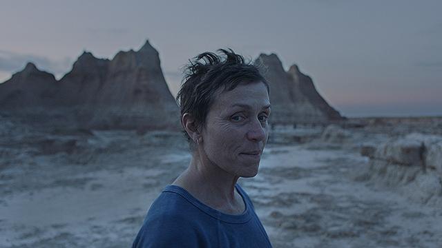 リアルな資本主義の行く末を描く苦しくも美しい映画『ノマドランド』を観て