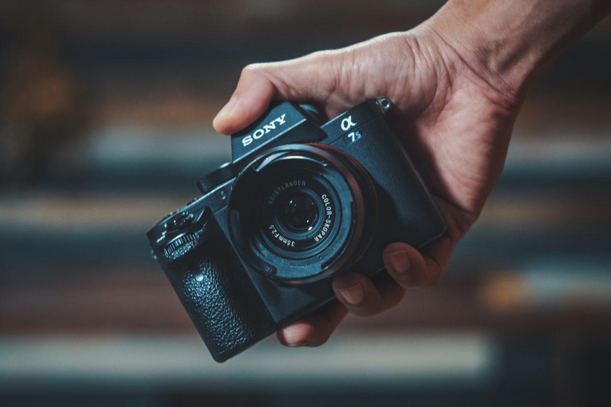 VoightLander 単焦点広角レンズ COLOR-SKOPAR 35mm F2.5の購入動画をアップ!作例あり!