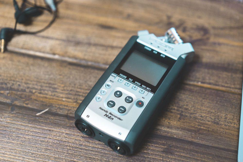 映像制作の音質レベルアップのための機材『ZOOM H4n』