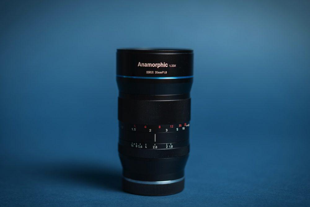 映画のような映像が撮れる話題のアナモルフィックレンズ『SIRUI 35mmF1.8』