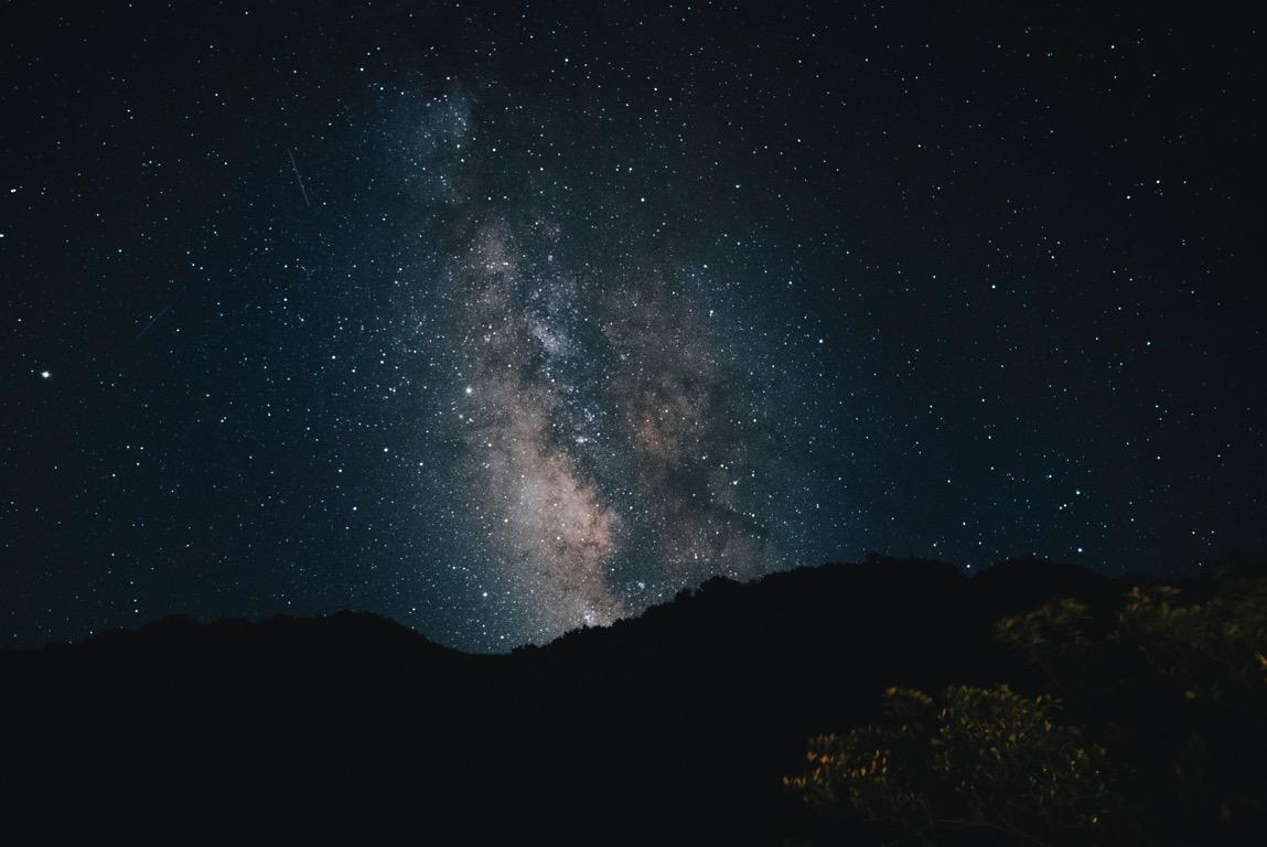 田舎暮らしだから楽しめる『庭で天の川観察』