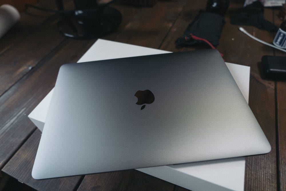 M1 MacBook Airへと乗り換え