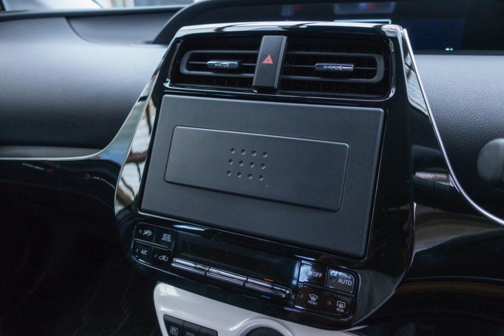 日本のカーナビ業界は終わっているので、Apple CarPlay対応のカーオーディオが良さげです!