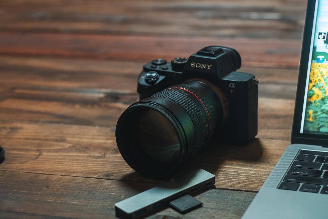 Samyang 85mm F1.4のEマウントマニュアルレンズを購入!