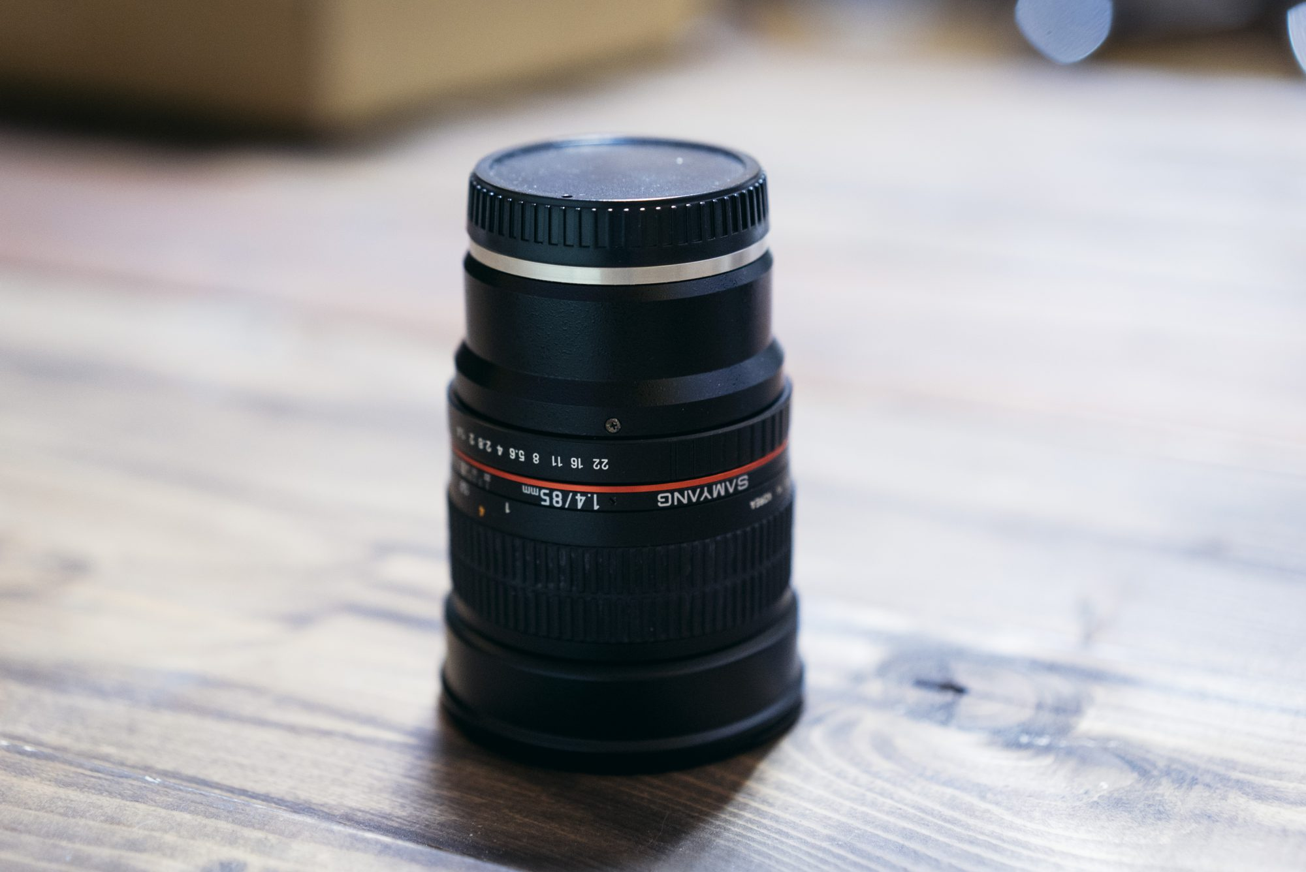 αシリーズに!SAMYANG 85mmF1.4のポートレートに最適レンズをカンタンレビュー!